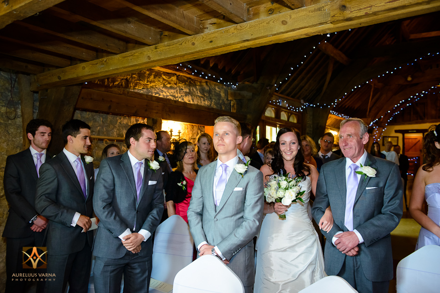 wedding photographer at Notley Thyne Barn (22)