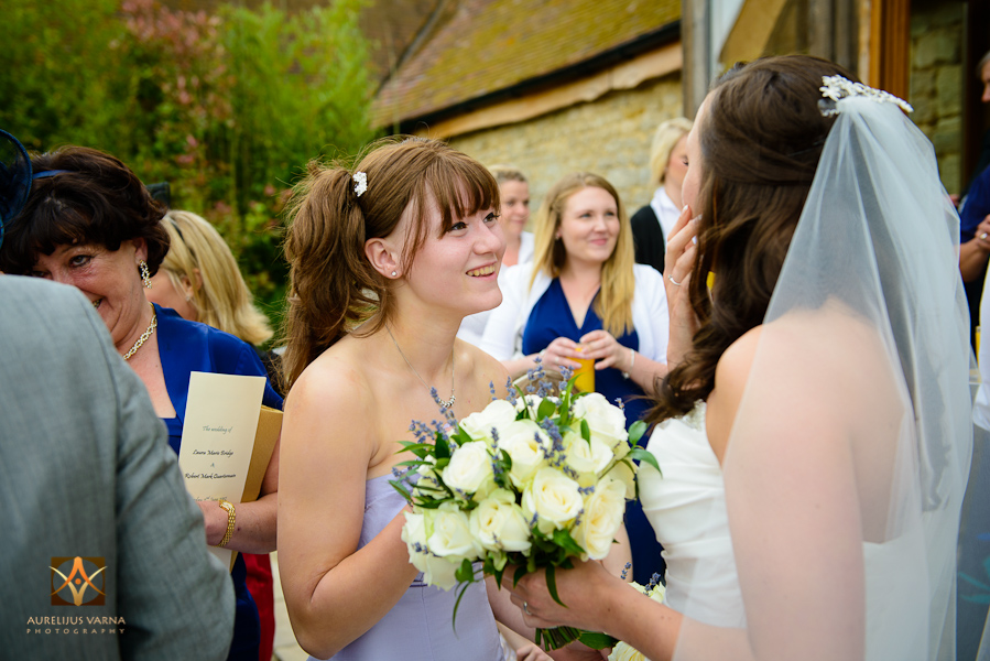 wedding photographer at Notley Thyne Barn (24)