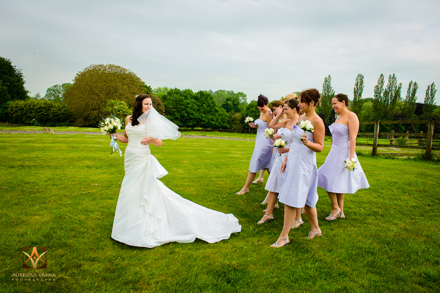 wedding photographer at Notley Thyne Barn (32)