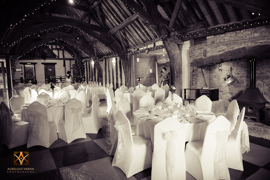 wedding photographer at Notley Thyne Barn (37)