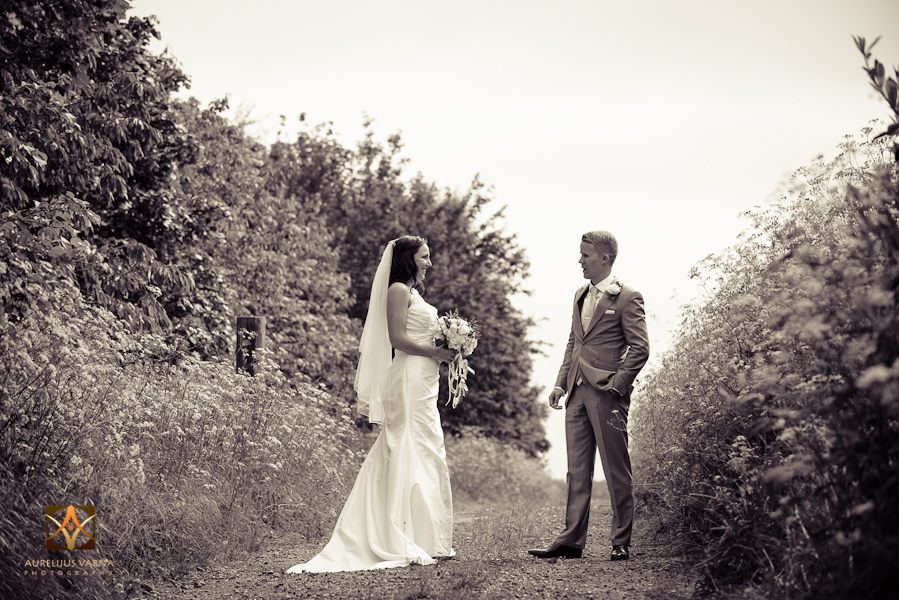 wedding photographer at Notley Thyne Barn (49)