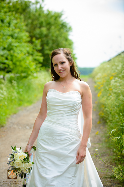 wedding photographer at Notley Thyne Barn (51)