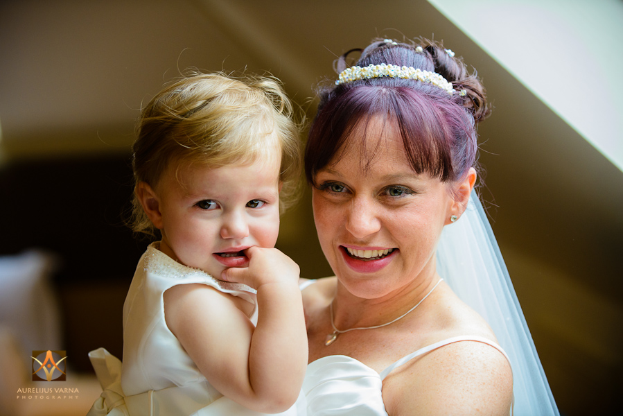 wedding photography at highcliffe castle (7)