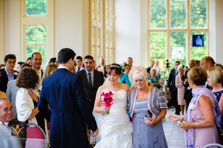 wedding photography at highcliffe castle (16)