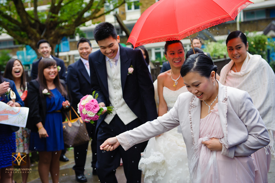 st ermin's hotel wedding photographer for chinese wedding in london (14)