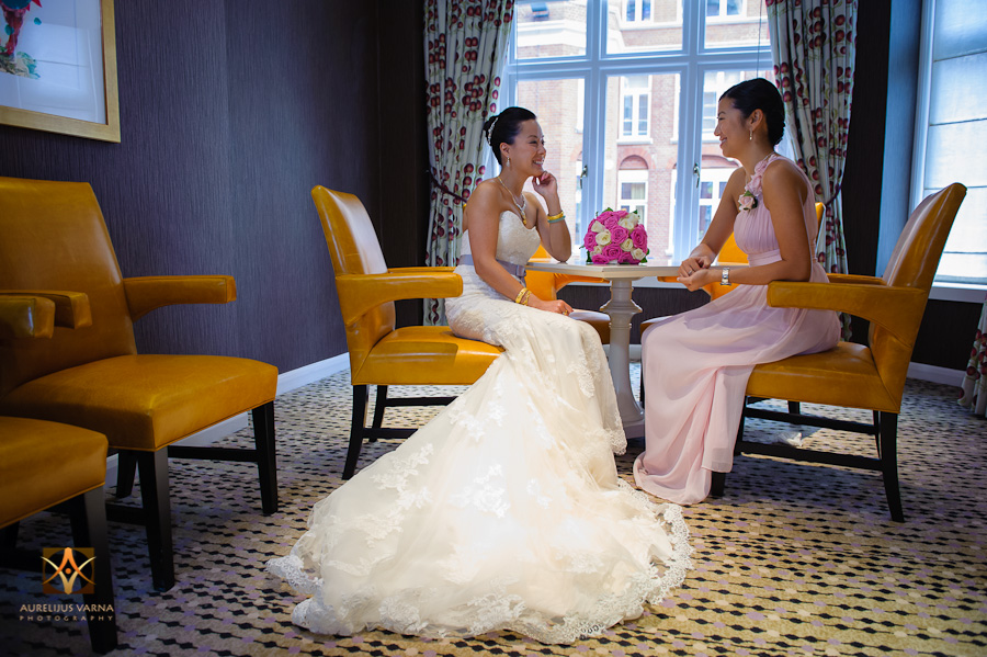 st ermin's hotel wedding photographer for chinese wedding in london (25)