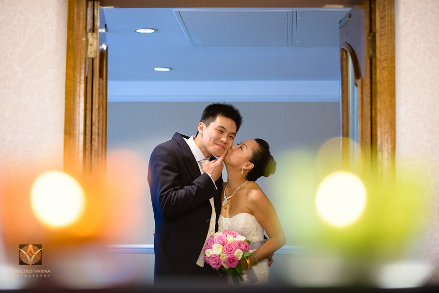 st ermin's hotel wedding photographer for chinese wedding in london (33)