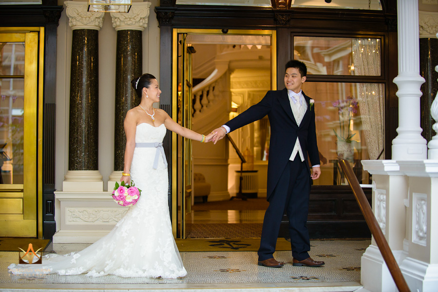 st ermin's hotel wedding photographer for chinese wedding in london (46)
