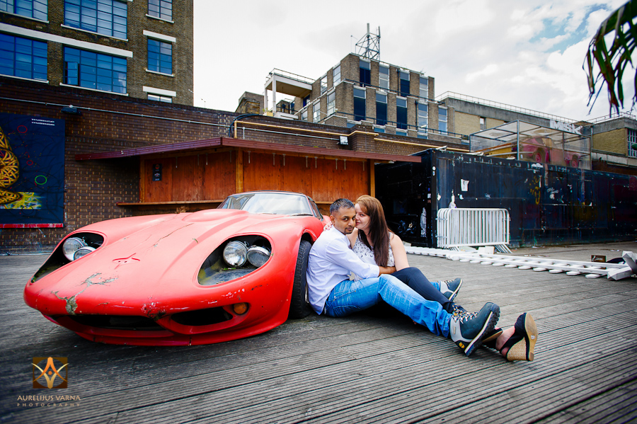 london engagement photography and pre wedding photography (20)