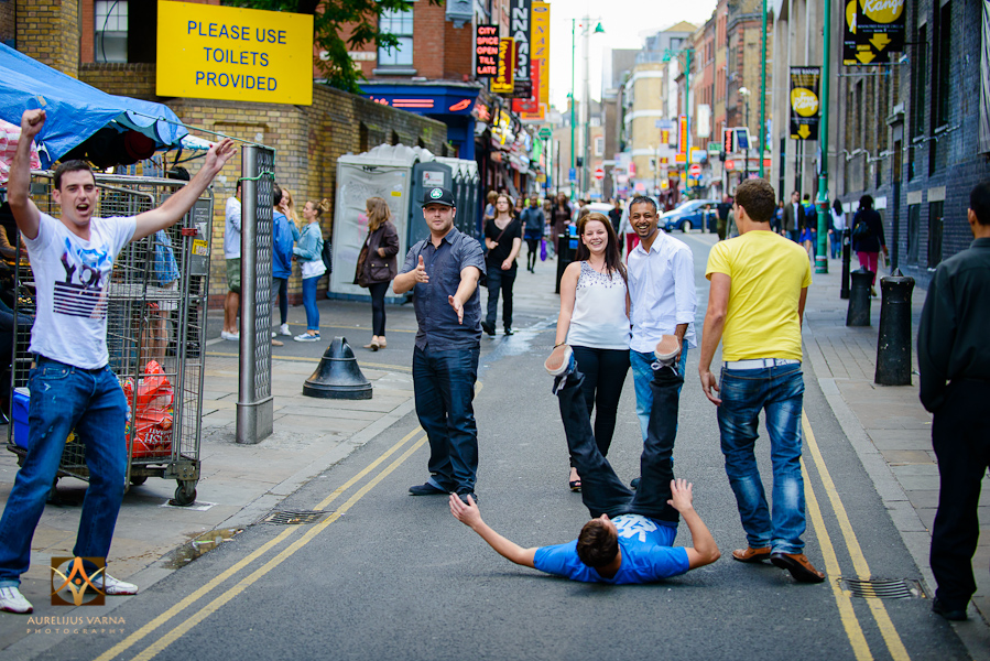 london engagement photography and pre wedding photography (19)