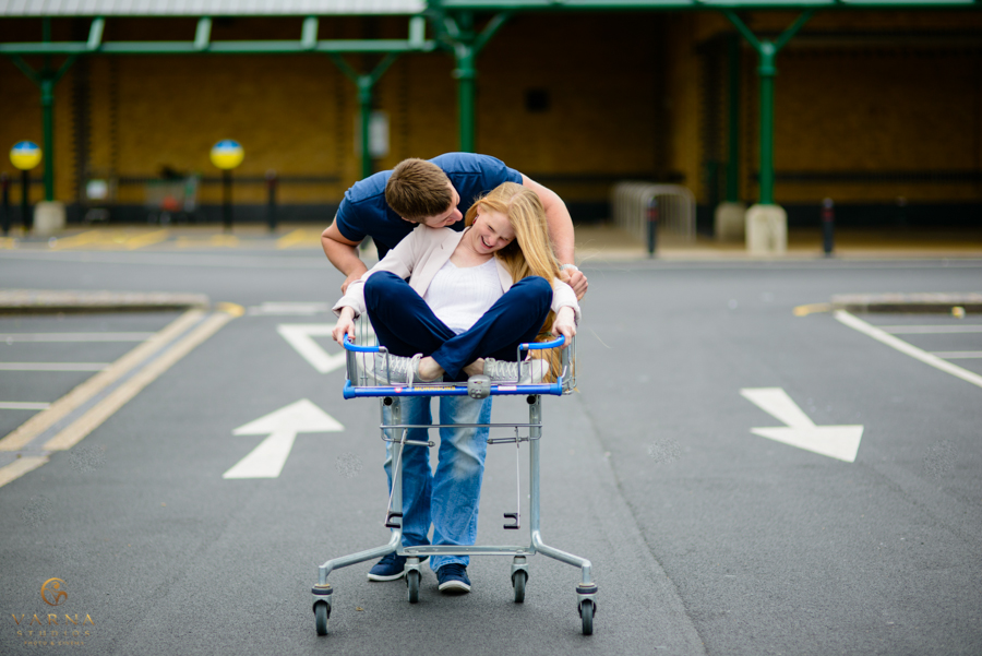 cool-london-engagement-photographer-31